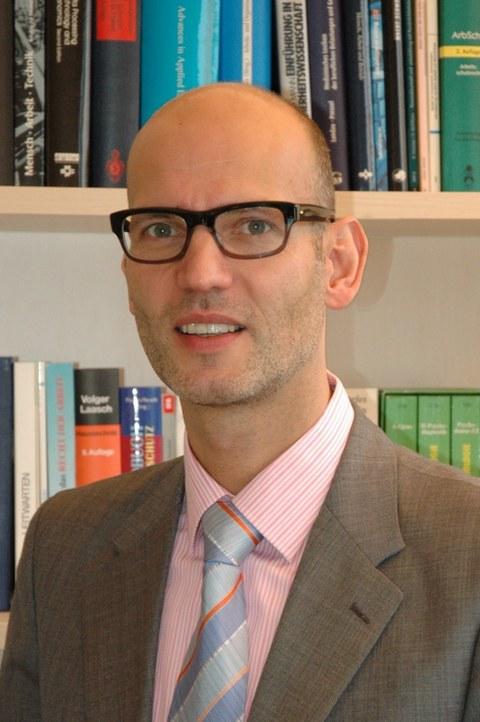 Prof. Dr. Armin Windel