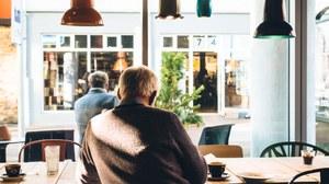 Fensterblick im Café
