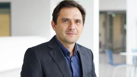 Porträt von Prof. Nikolay Ninov