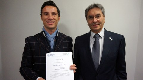 Dr. Carlo Cannistraci with TUD Rector Prof. Dr. Hans Müller-Steinhagen