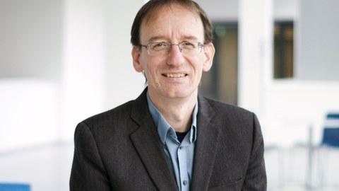 Prof. Dr. Marius Ader