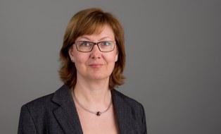 Dr. Andrea Schenk