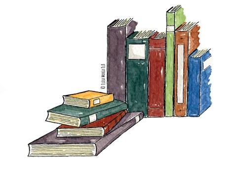 Aufgereihte Bücher, vor denen noch ein Bücherstapel liegt.