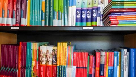 Fachbücher im Labor