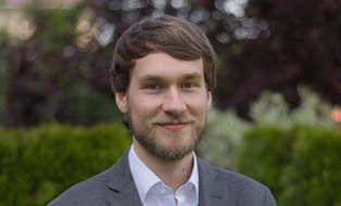 Porträt von Benjamin Seebröker