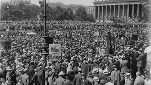 """No-more-War""-Demonstration in Berlin, 10th July 1922."