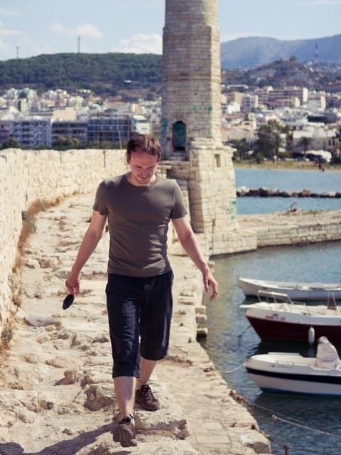 Kevin Kuhne im Hafen von Rethymno