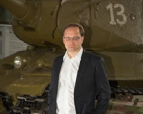 Jens Wehner im Depot des MHM