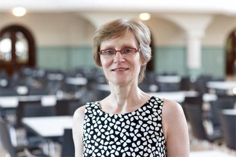 Das Foto zeigt Frau Prof. Dr. Susanne Schötz.