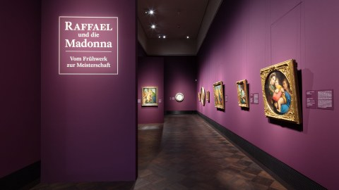 Ausstellungsansicht Raffael und die Madonna