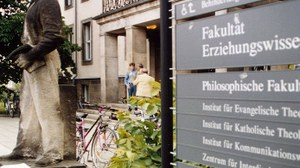 Eingang Weberplatz