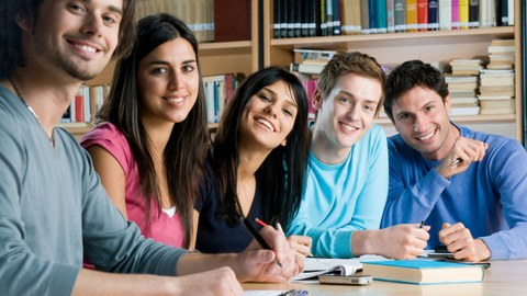 Studierende_International