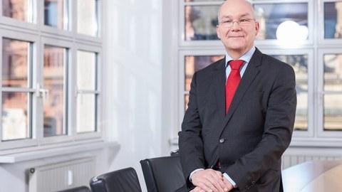 Prof. Schulte
