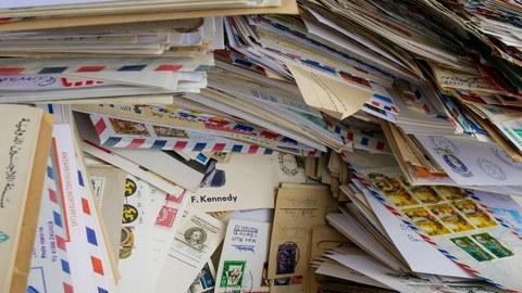 viele Briefe