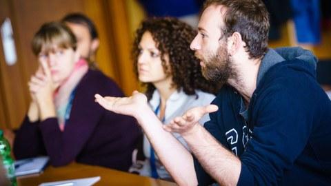 Studierende Diskussion