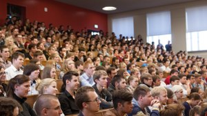 Studierende Hörsaal