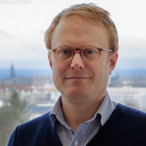 Jun.-Prof. Dr. Tim Buchen