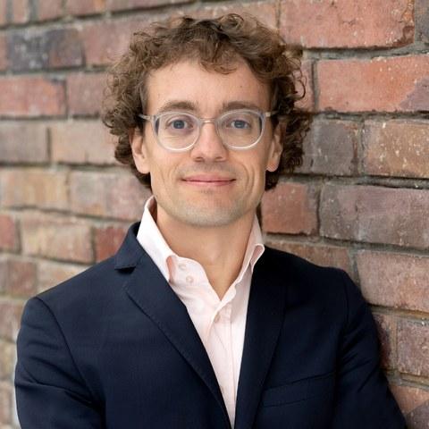 Prof. Dr. Simon Meier-Vieracker