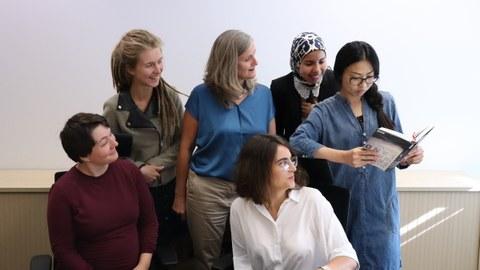 Gruppenfoto der Mitarbeiterinnen