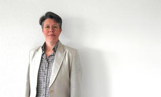 Photograph of the holder of the chair of linguistics, Prof. Dr. Claudia Lange