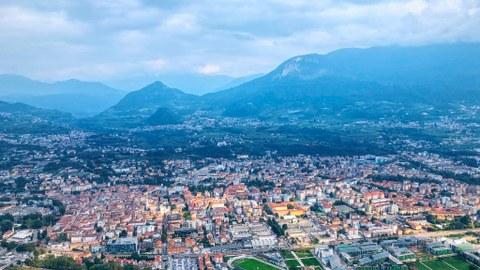 Blick auf Trento von Sardagna