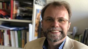 Prof. Dr. Holger Kuße