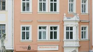 Außenansicht Hauptgebäude IHI Zittau am Markt