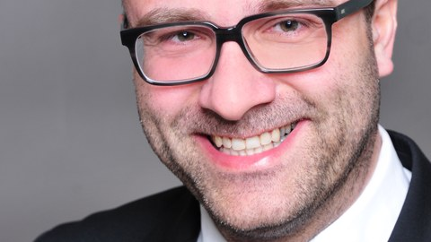 Professor Remmer Sassen