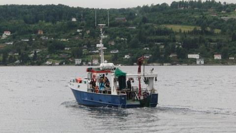 Exkursion mit einem Boot