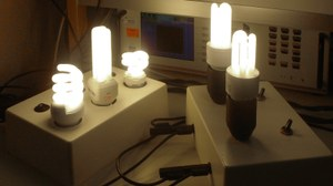 Laborprüfung von Kompaktleuchtstofflampen
