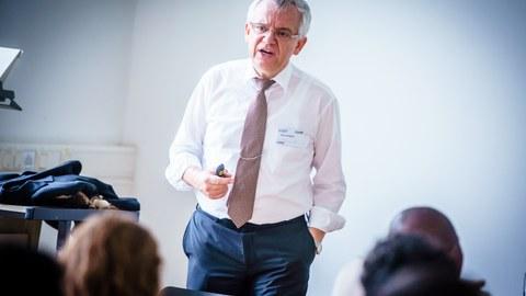Lecture Prof. Schegner