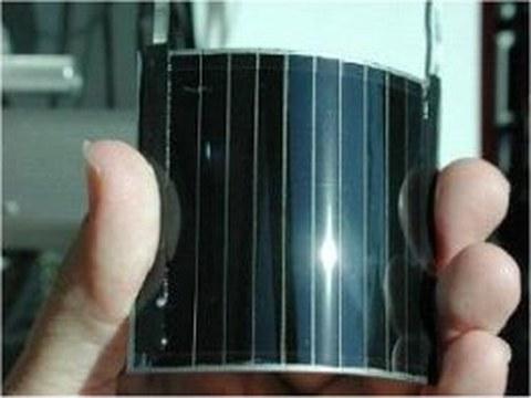 Flexible Solarzelle auf der Basis von CuInGaSe