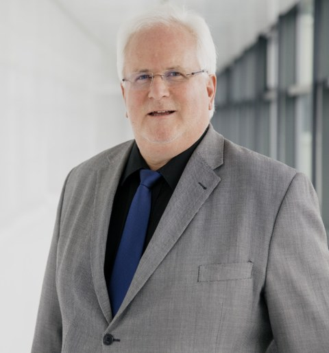 Prof. Lakner