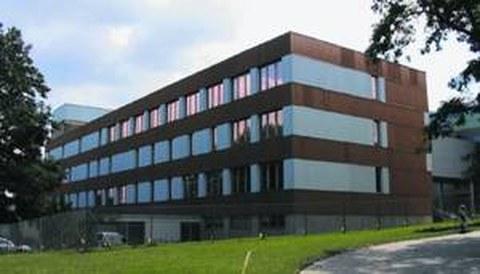 Der Miedel-Bau - Sitz des IHM.