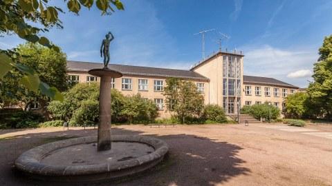 Haupteingang Barkhausen-Bau