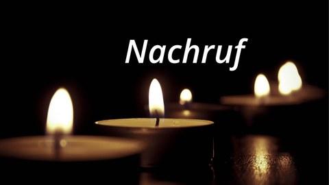 Bild: Kerzen, Schriftzug: Nachruf