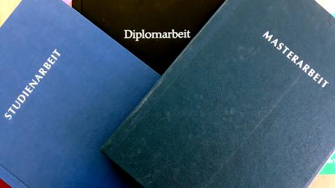 Diploma- and Masterthesis