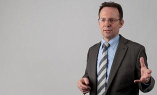 Prof. Leon Urbas