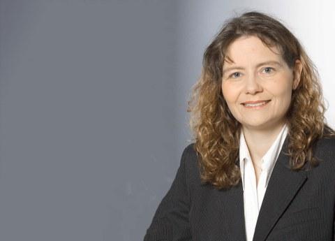 Frau Prof. Dr-Ing. sabine Roller