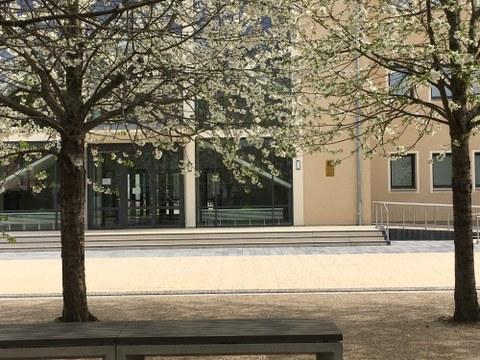 Ansicht des Altbaus des Gymnasiums Bürgerwiese