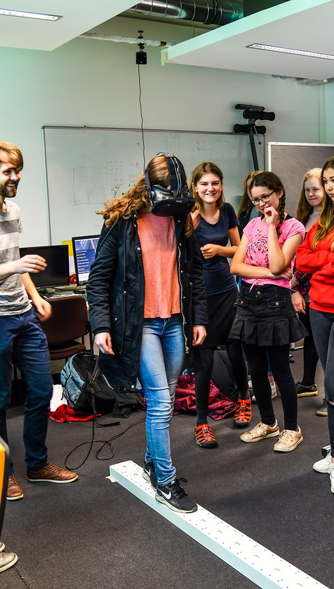 GirlsDay'18 - Auf den Spuren der VirtualReality