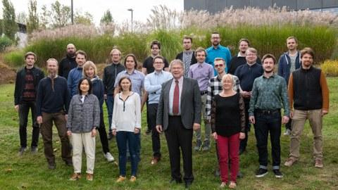 Gruppenfoto vom Lehrstuhl Softwaretechnologie