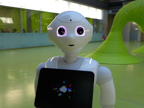 Pepper, the robot - the new colleague at ADS
