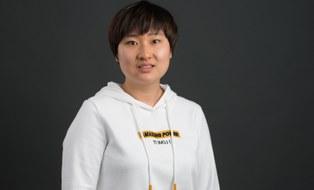 Frau WanQui Zhao