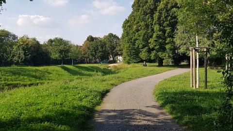 Blick in den Hugo Bürkner Park in Dresden