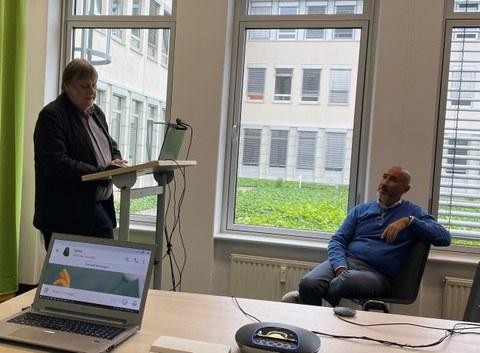 Professor Rösel von Dresdenconcept bei der Summer School 2021