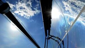 Kraftwerksbetreiber wollen wissen, wie effektiv Absorberrohre die Sonnenenergie aufnehmen und weitergeben. Forscher beim Test- und Qualifizierungszentrum QUARZ am DLR-Standort Köln arbeiten an einem standardisierten Prüfverfahren.
