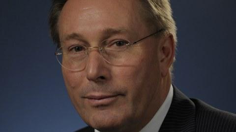 Portäit von Dr. Wolfgang Lippmann