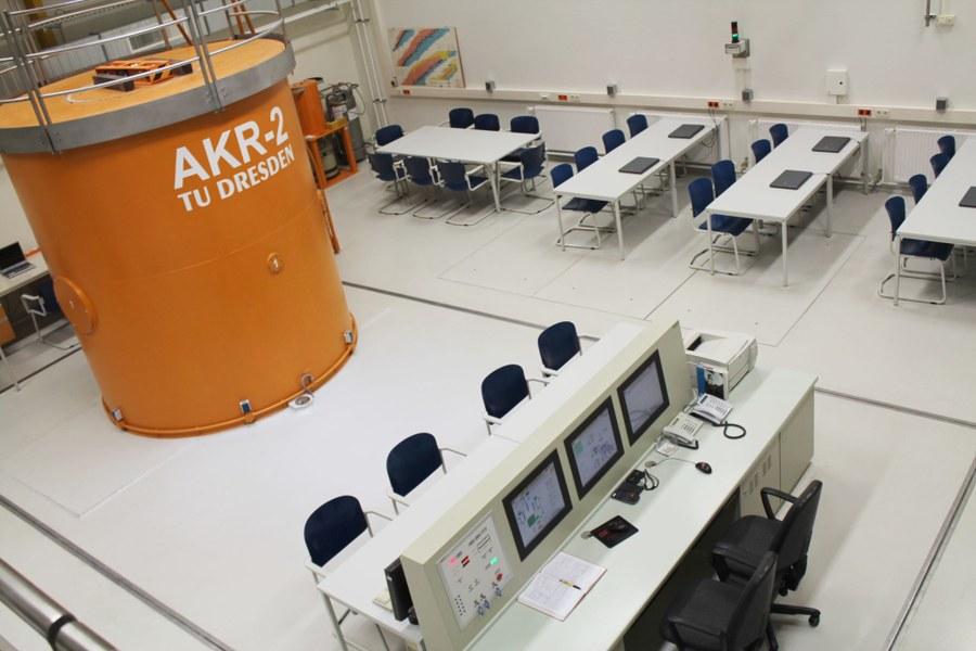 Foto AKR und Arbeitsplätze