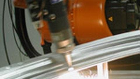 Laser beam welding with fiber laser and roboter